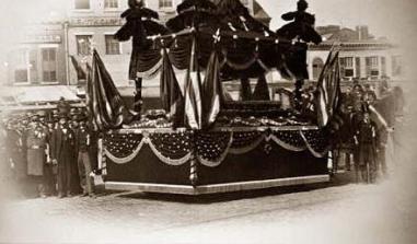 abraham-lincoln-coffin