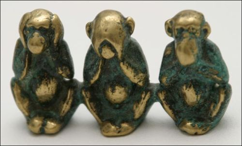 Three_wise_monkeys_figure-Public Domain