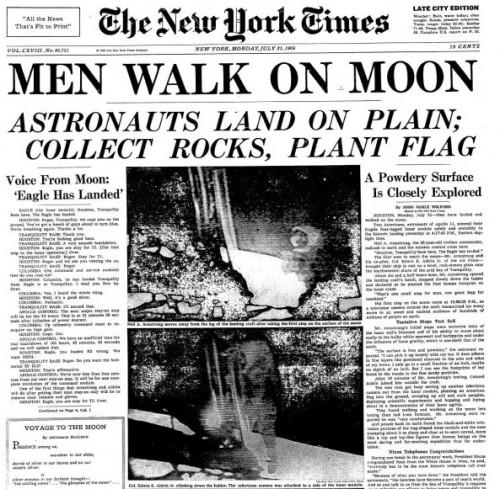 First-landing-on-moon-Men-walk-on-moon